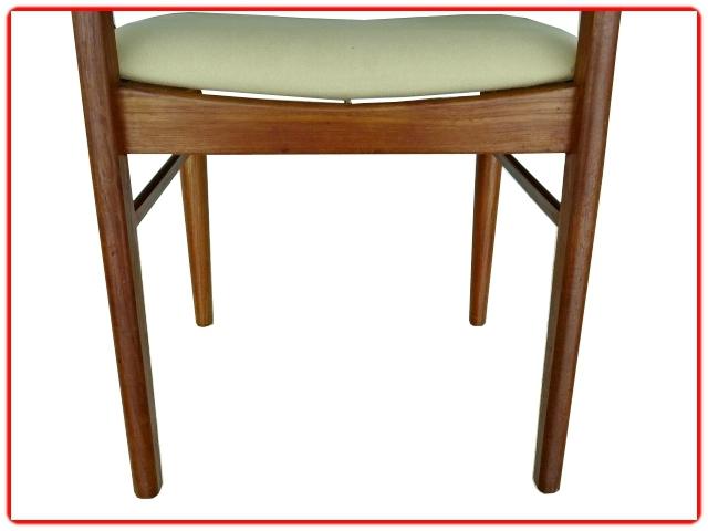 chaises danoises estampillées