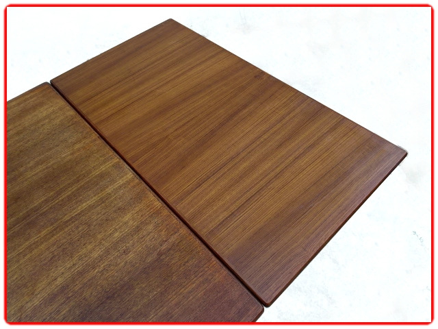 Table scandinave extensible designer V. Pedersen teck 1950