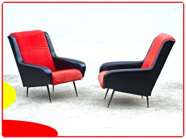 fauteuil design ERTON vintage 1960 en skaï noir et moumoute