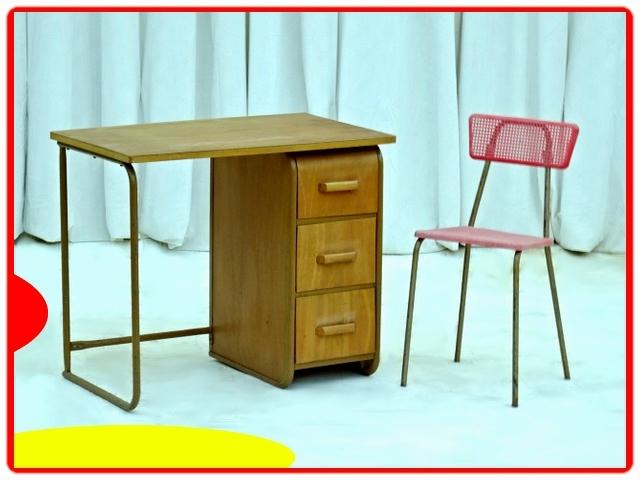 Bureau et chaise d'écolier vintage 1950