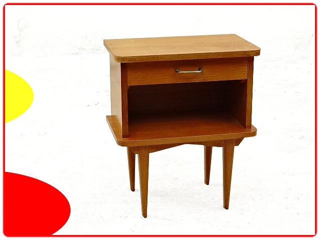 Table de chevet 1970 avec tiroir et niche