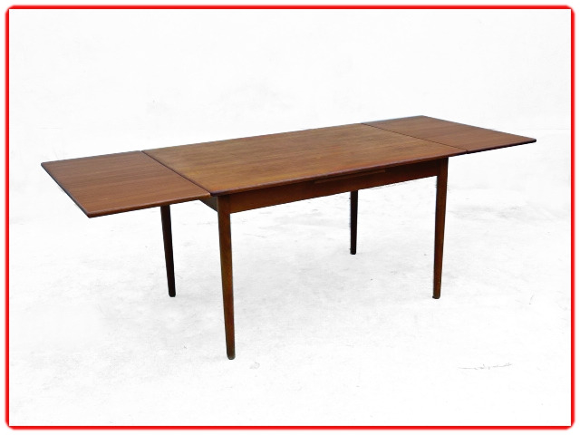Table à manger par V. Pedersen teck danois1950