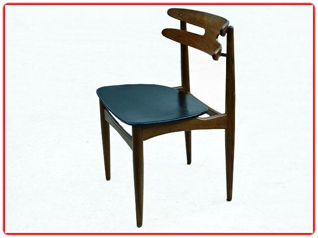 chaises danoises Johannes Andersen modèle 178 teck