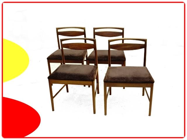 chaises en teck Tom Robertson pour McIntosh
