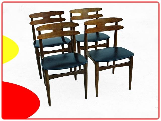 chaises danoises par Johannes Andersen modèle 178 en teck