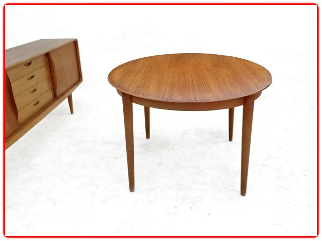 Table H. W. Klein en teck SAMCOM Danois