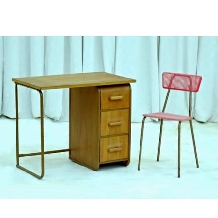 Bureau style Hitier et sa chaise vintage 1960