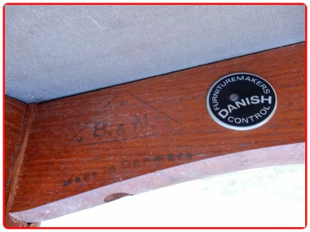 Chaises scandinaves teck 1960 estampillées