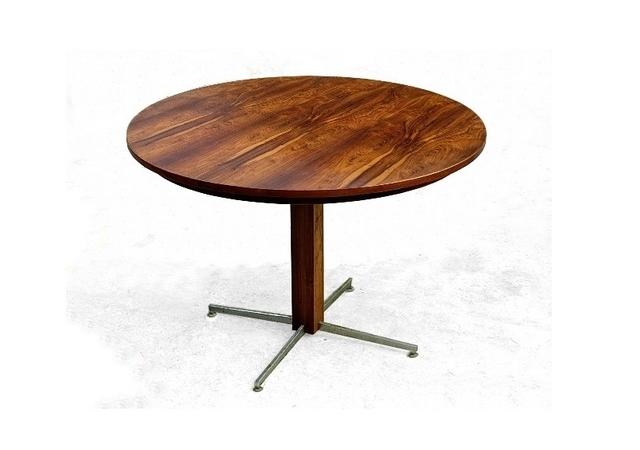 Table en palissandre jacaranda de Jorge Zalszupin design moderniste 1960