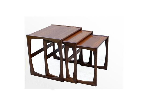tables gigognes GPlan en teck