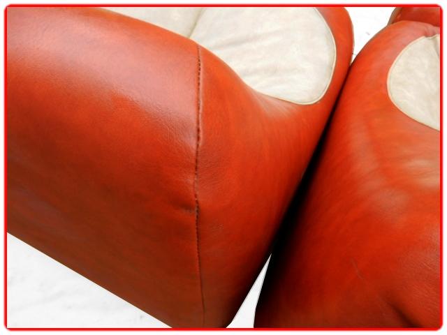 Canapé 3 places fauteuils et pouf vintage