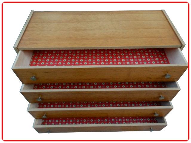 Commode vintage bois clair 1970