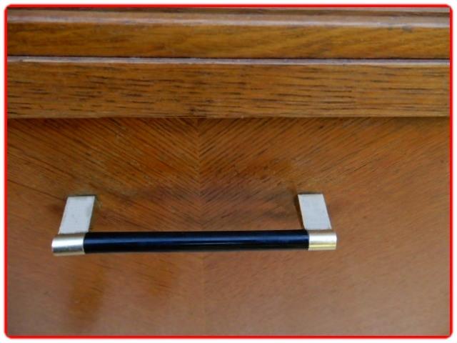 Secrétaire vintage bois clair poignées bakélite