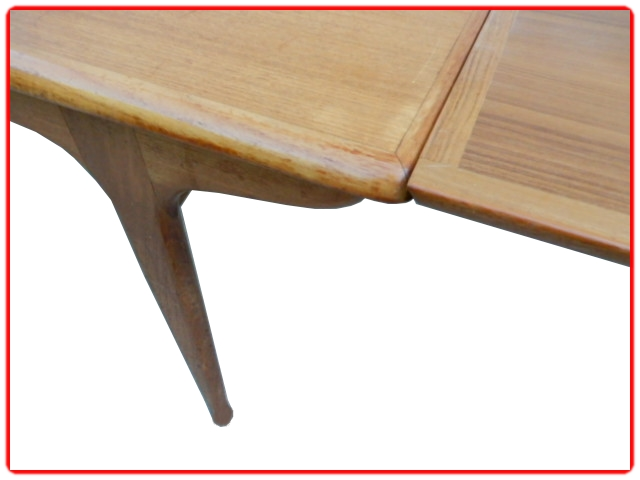Table Tricoire & Vecchione teck 1960