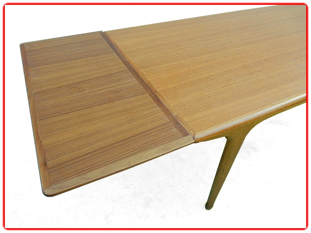 Table Meubles TV Paris teck 1960