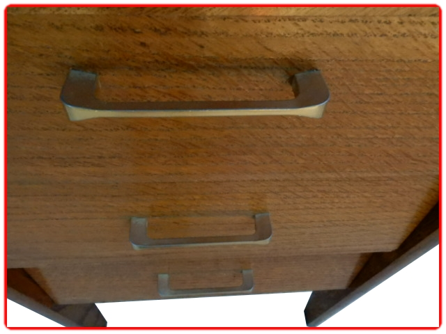 Bureau vintage atypique 1970