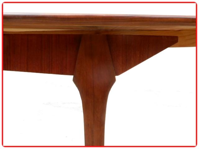 Table ancienne scandinave vintage 1960