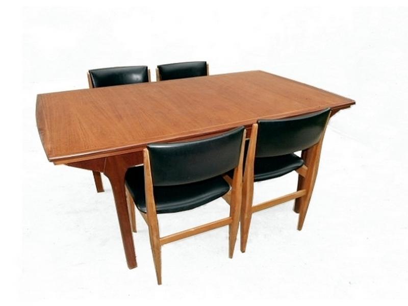 Table de repas en teck occasion vintage remise à neuf