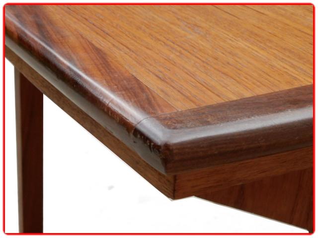 Table extensible scandinave en teck