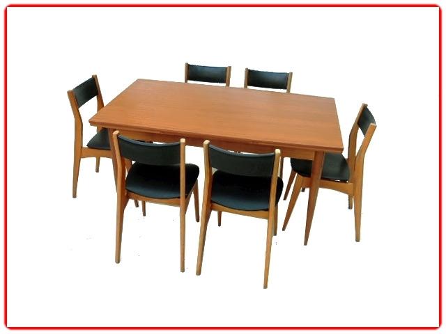 Table à manger scandinave vintage