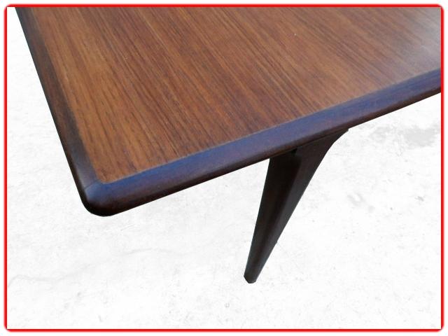Table scandinave vintage teck