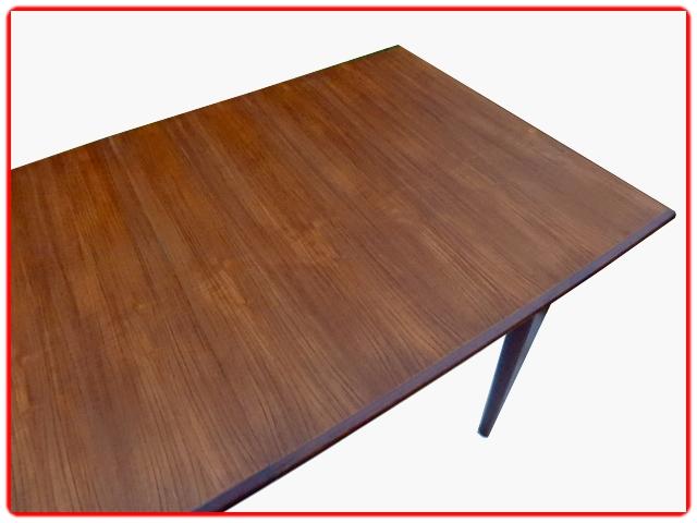 Table vintage scandinave en teck 1960
